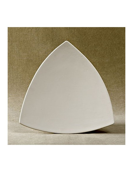 TRIANGULAR PLATES